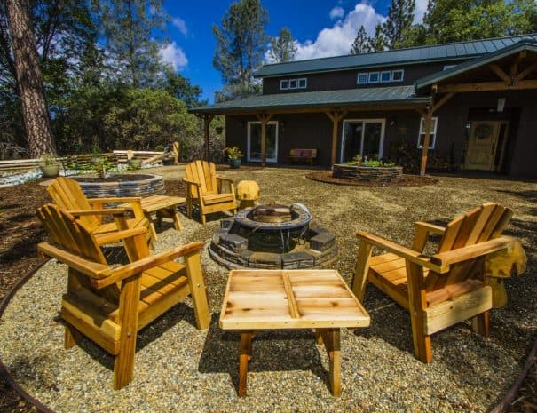 Black Oak Bed and Breakfast Outdoor Seating Area